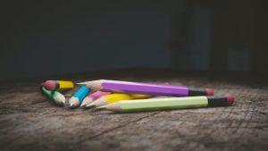 https://pixabay.com/fr/crayon-crayon-de-bois-l-%C3%A9ducation-1486278/