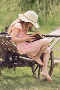 https://pixabay.com/fr/personne-humain-enfant-fille-857021/