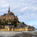 https://pixabay.com/fr/mont-saint-michel-abbaye-2489345/